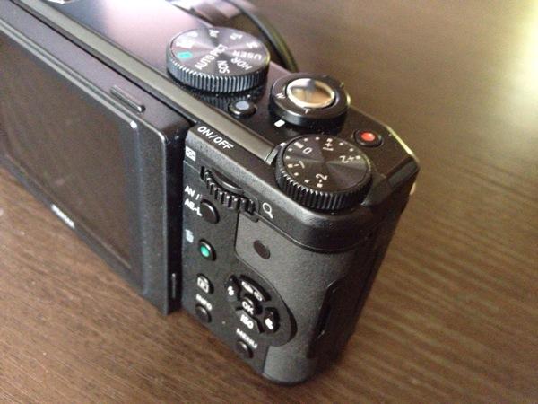 不思議なコンパクトデジカメを買った PENTAX MX-1